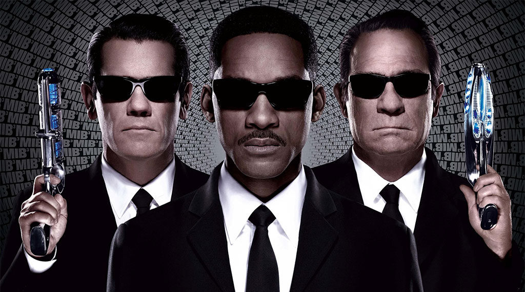 Josh Brolin, Will Smith and Tommy Lee Jones in 'Men in Black 3' (SOURCE: Sony Pictures)