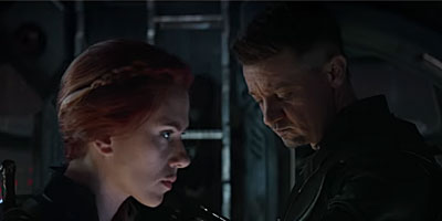 Black Widow (Scarlett Johansson) and Hawkeye (Jeremy Renner) in 'Avengers: Endgame' (SOURCE: Marvel Studios)